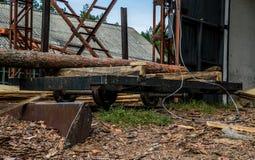 Vieille scierie dans le Colorado Bois de pin et bois scié photo libre de droits