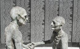 Vieille sculpture juive en couples Photo stock
