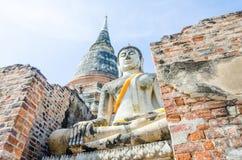 Vieille statue de Bouddha dans le temple, Autthaya Thaïlande Image stock