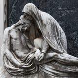 Vieille statue de cimetière Photographie stock libre de droits