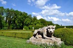 Vieille statue de lion Images stock
