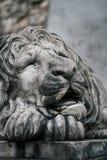 vieille statue de vintage d'un monument de lion Photographie stock libre de droits