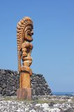 Vieille statue en bois d'un dieu Photos stock