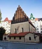 Vieille synagogue neuve à Prague Image stock