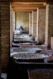 Vieille tannerie à Fez, Maroc Images stock