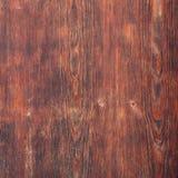 Vieille texture brun-rougeâtre de conseil en bois image libre de droits