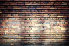 Vieille texture de mur de briques avec des faisceaux de lumière Photographie stock libre de droits