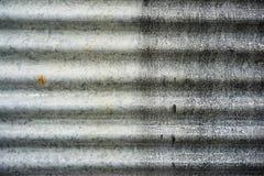 Vieille texture rustique de mur de feuille de zinc fond rouillé grunge de mur Images libres de droits