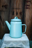 Vieille théière bleue molle Photo stock