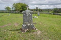 Vieille tombe dans Connemara images libres de droits