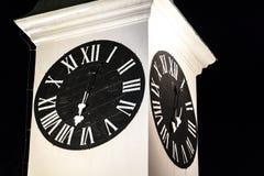 Vieille tour d'horloge à Novi Sad, Serbie photographie stock libre de droits