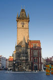 Vieille tour d'horloge de ville, regard fixe Mesto, Prague Photographie stock libre de droits