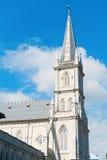 Vieille tourelle d'église dans le style néoclassique photographie stock libre de droits