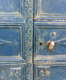 Vieille trappe bleue Photographie stock