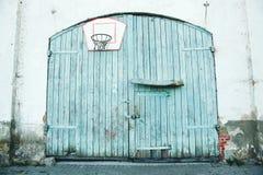 Vieille trappe de garage Image libre de droits