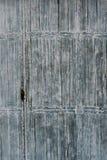 Vieille trappe en bois de porte Images stock