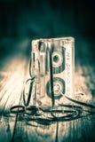 Vieille une cassette sonore avec une bande extraite photo stock