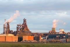 Vieille usine en acier Photos stock