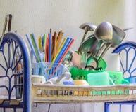 Vieille vaisselle de cuisine Photographie stock libre de droits