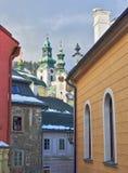 Vieille ville Banska Stiavnica d'exploitation photographie stock libre de droits