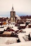 Vieille ville d'exploitation de l'hiver tôt de Roros Photographie stock