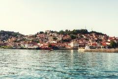Vieille ville d'Ohrid avec le lac Ohrid, Macédoine - panorama photographie stock
