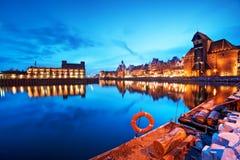 Vieille ville de Danzig, Pologne, rivière de Motlawa Grue de Zuraw Images libres de droits