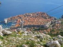 Vieille ville de Dubrovnik comme vu du sommet du Mt Srd, images libres de droits
