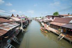 Vieille ville de l'eau chez Amphawa Photo libre de droits