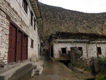 Vieille ville de l'Himalaya blanche Marpha Images stock