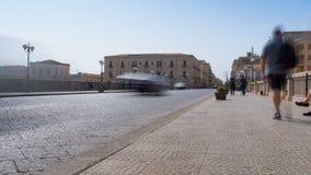 Vieille ville de l'Italie, Sicile, Syracuse, pont l'Europe d'Umbertino clips vidéos