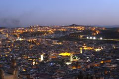 Vieille ville de nightscene de Fes Marocco photos stock
