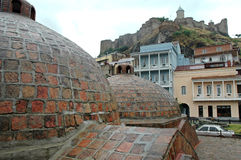 Vieille ville de Tbilisi dans la région d'Abanotubani, la Géorgie Image stock