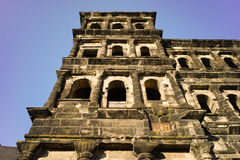 Vieille ville la Moselle de Trier de nigra de Porta de bâtiment romain Photographie stock libre de droits