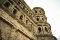 Vieille ville la Moselle de Trier de nigra de Porta de bâtiment romain Photos libres de droits