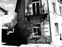 Vieille ville, noire et blanche Image libre de droits
