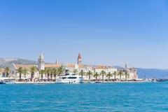 Vieille ville Trogir, Croatie - 19 juillet 2017 Image stock