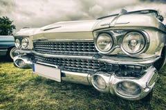 Vieille voiture américaine dans le style de vintage Photos stock