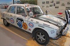 Vieille voiture de rassemblement de Peugeot Images stock