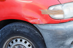 Vieille voiture endommag Image libre de droits