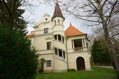 Vieille vue de dos de château Images stock