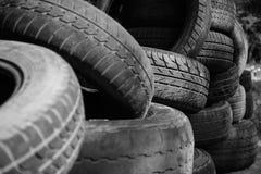 Vieille vue de pneus photographie stock libre de droits