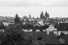 Vieille vue de ville de Prague de Petrin Photos libres de droits