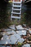 Vieilles échelles photos stock
