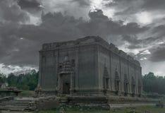 Vieilles églises et taux antiques de ruines Image libre de droits