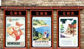 Vieilles affiches anglaises de vacances Image libre de droits