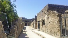 Vieilles allée et maisons de ville de Pompeii photo stock