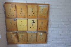Vieilles boîtes aux lettres photographie stock