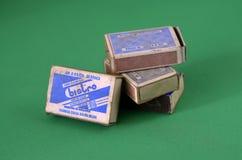 Vieilles boîtes d'allumettes de vintage photo libre de droits