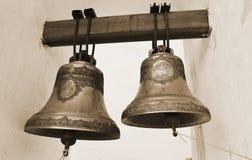 Vieilles cloches d'église. Sépia. Photos libres de droits